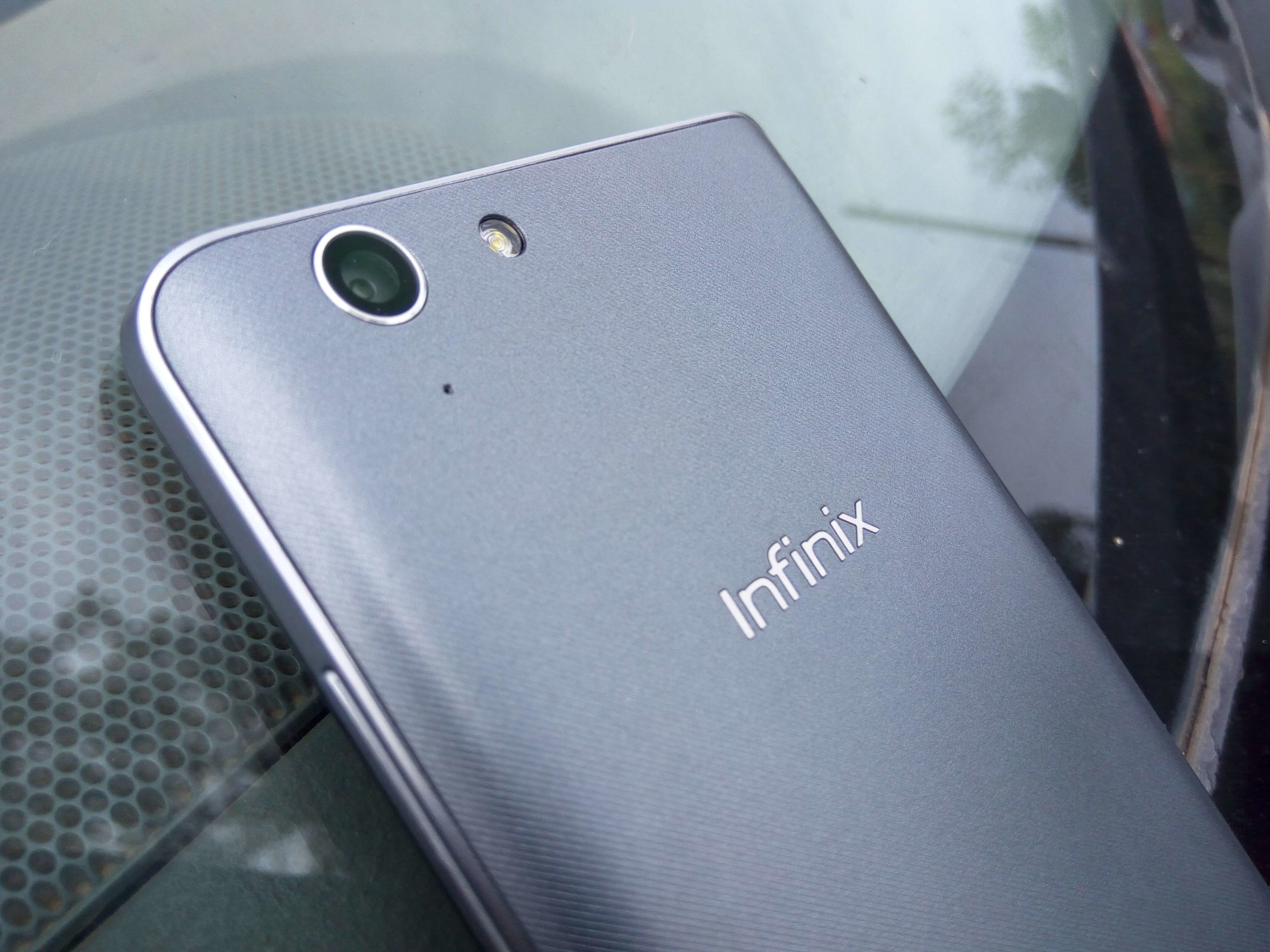 Infinix-Hot-3.jpg
